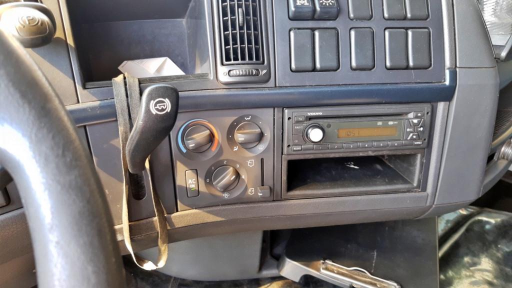 Imagem do veículo VOLVO FH 440 6x4
