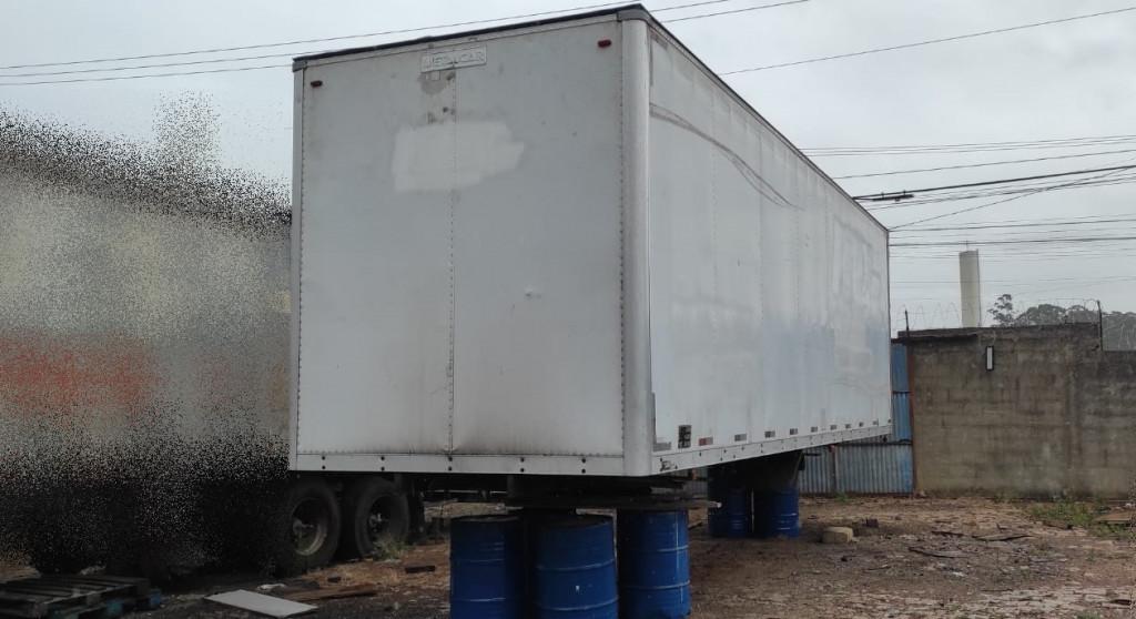 Imagem do veículo Baú Caminhão Truck 2011, Comprimento 9 Metros x 2,80 altura, Chapeado.