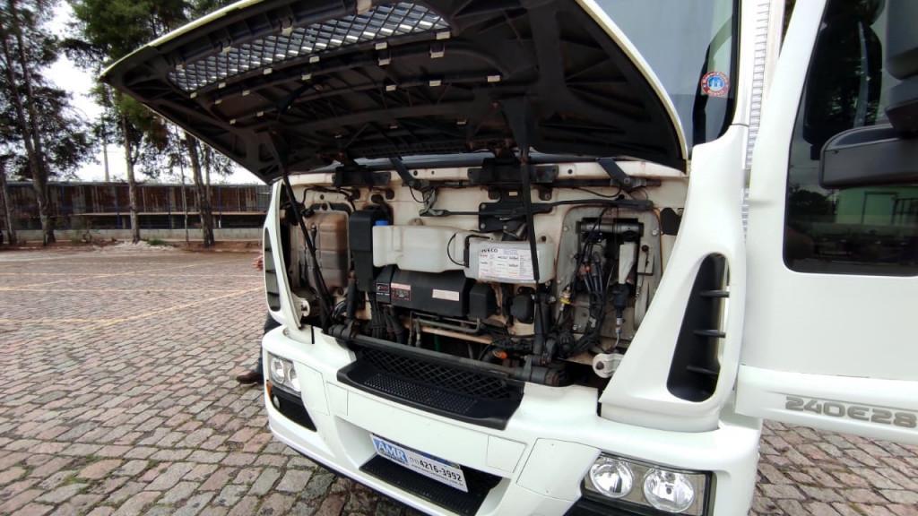 Imagem do veículo IVECO Tector 240E28 6x2 2P (E5)