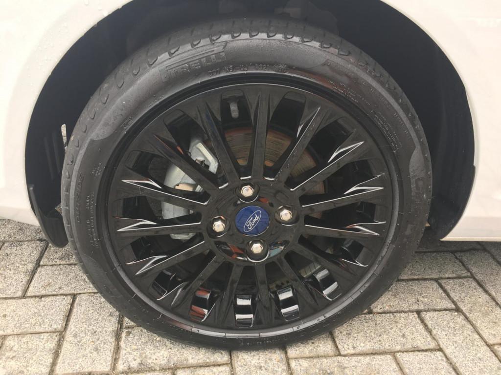 Imagem do veículo Ford Fiesta 1.6 Sel Hatch Style 16v Flex 4p Manual 2017