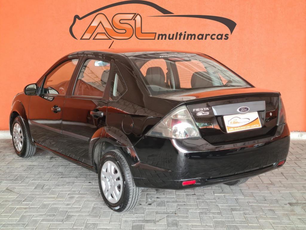 Imagem do veículo Ford Fiesta Sedan 1.0 8v Flex 4p