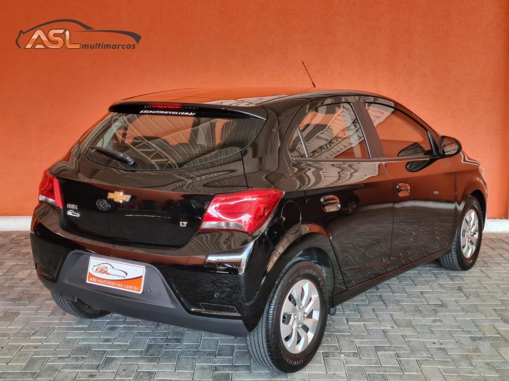 Chevrolet Onix Lt 1.0 8v Flex 4p
