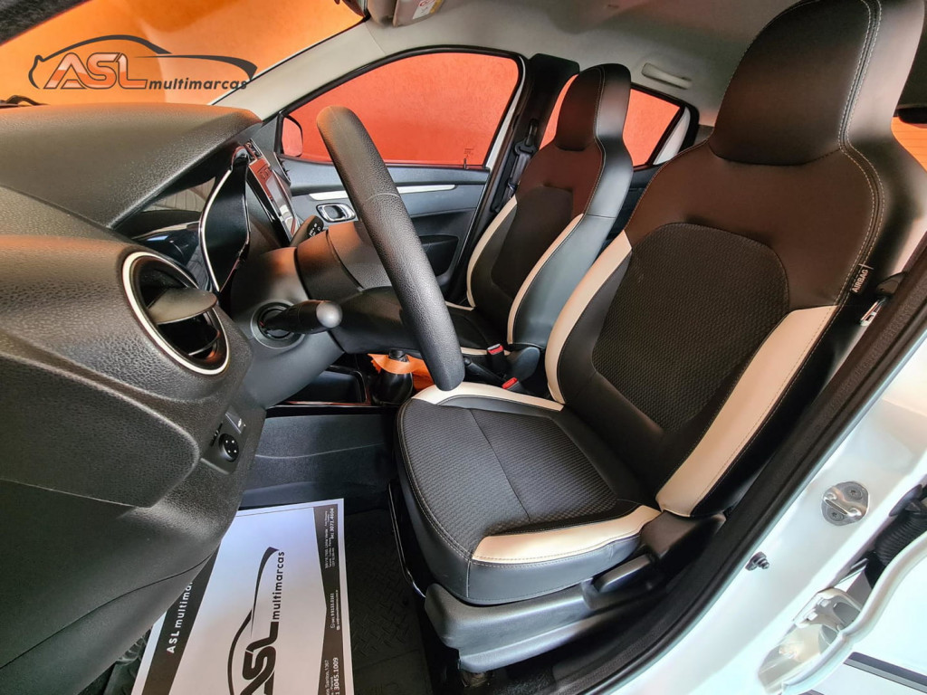 Imagem do veículo Renault Kwid Intense 1.0 12v Sce