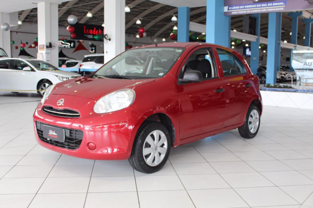 Nissan March 1.0 4p Flex