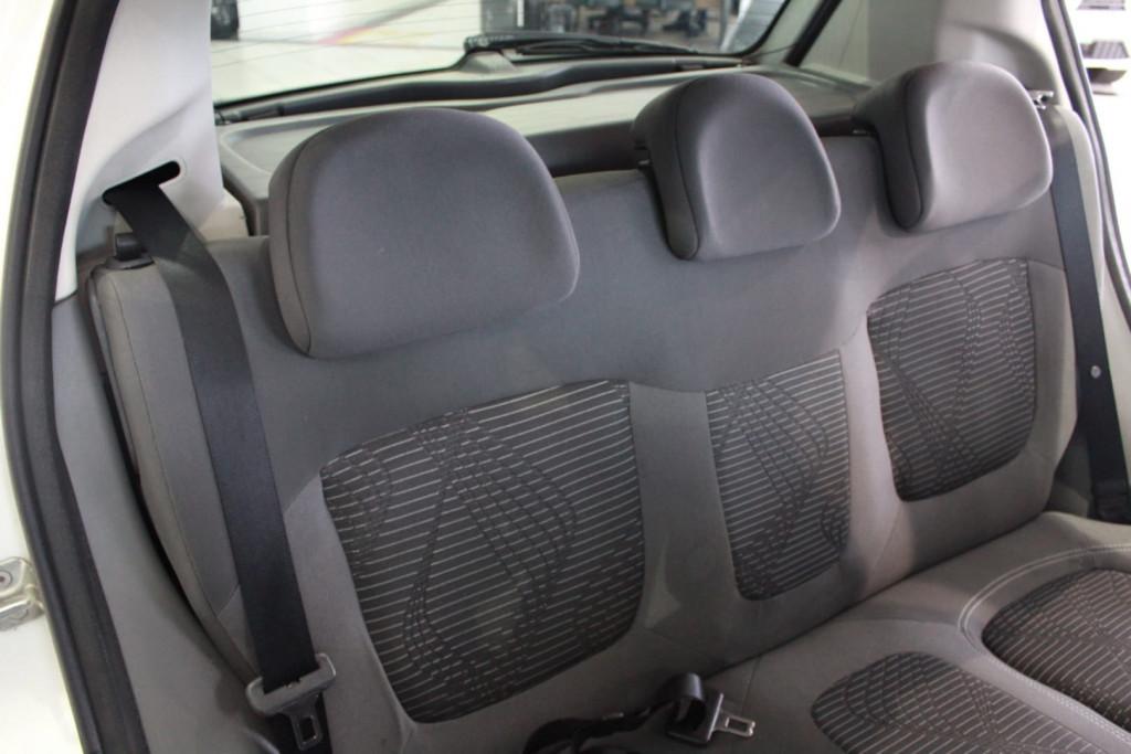 Imagem do veículo Fiat Palio Attractive 1.4 2013