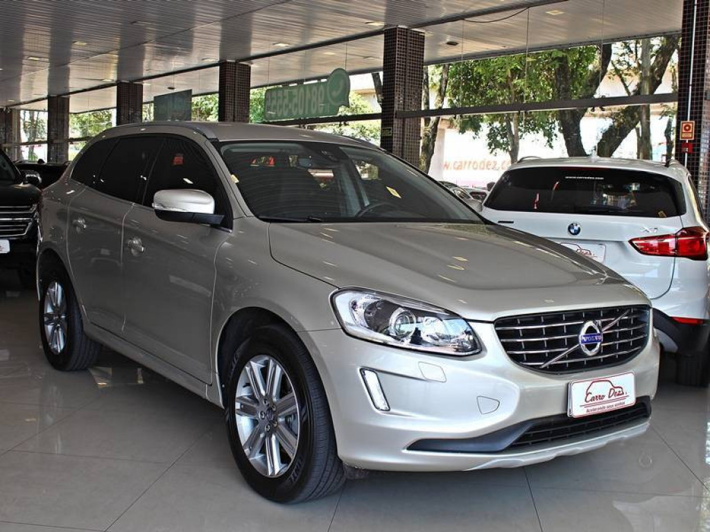 Volvo XC60 T5 2.0 Kinetic AT 2017