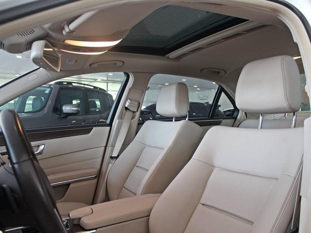 Imagem do veículo Mercedes Benz E 250 2.0 AvantGarde AT 2016
