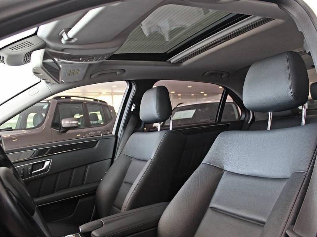 Imagem do veículo Mercedes Benz E 250 CGI AvantaGarde 1.8 AT 2012