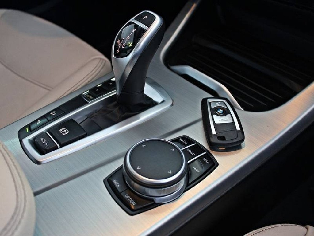 Imagem do veículo BMW X4 XDRIVE 28i X-LINE 2.0 TURBO 4P GASOLINA AT