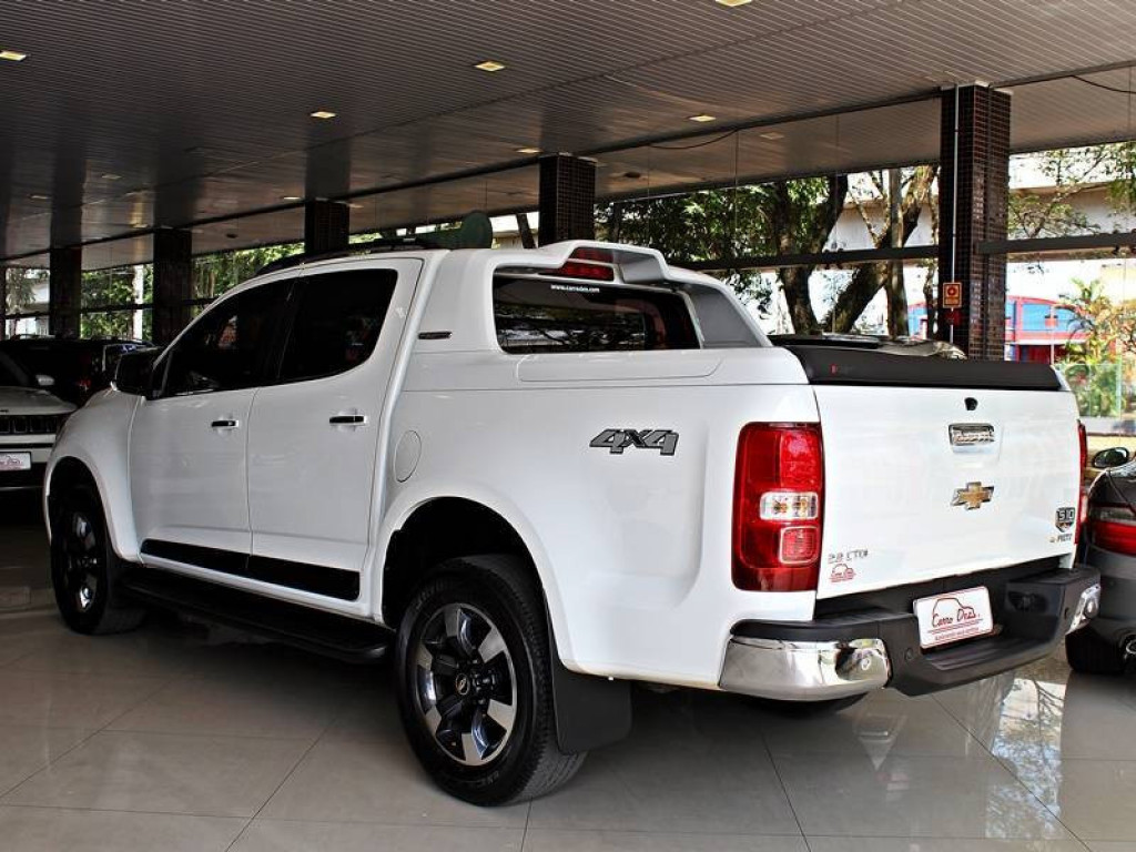 Imagem do veículo CHEVROLET S10 H.COUNTRY 4X4 CD DIESEL AT 4P