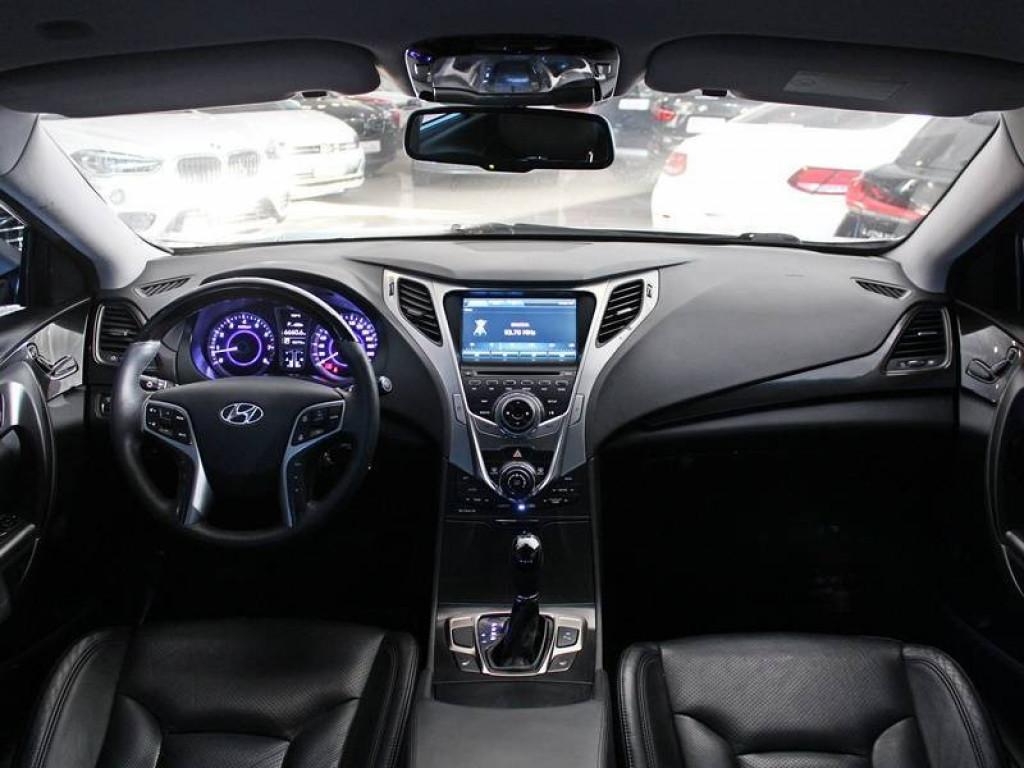 Imagem do veículo HYUNDAI AZERA 3.0 V6 SEDAN 4P GASOLINA AUT