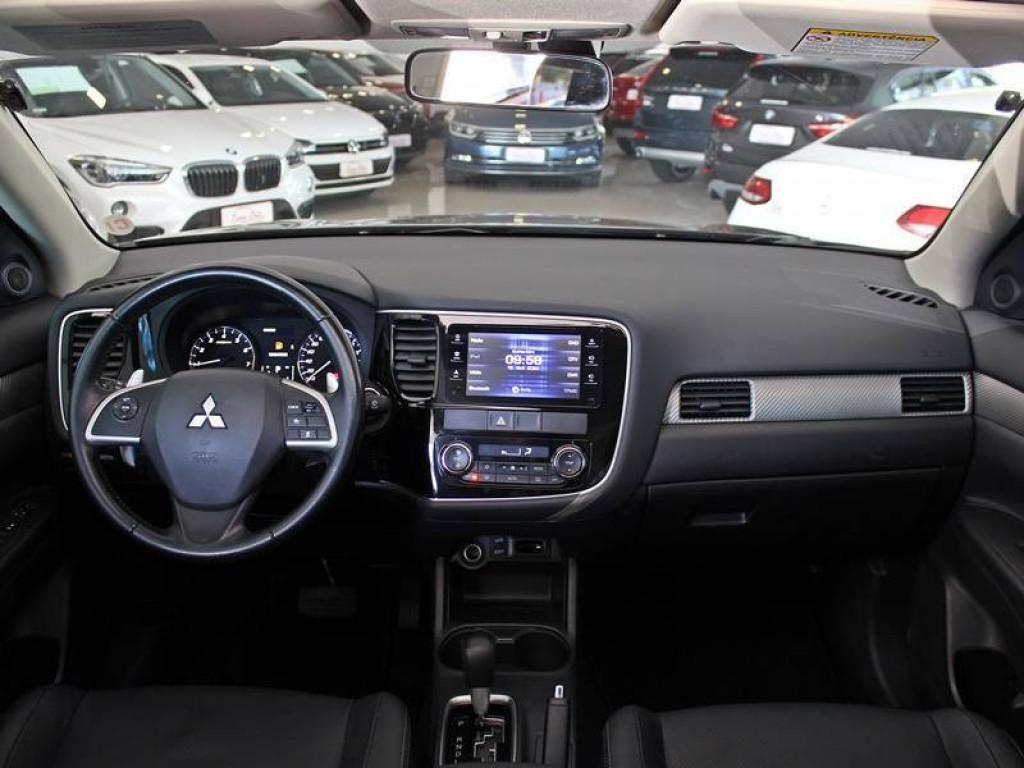 Imagem do veículo MITSUBISHI OUTLANDER 3.0 GT V6 4P GASOLINA AUT
