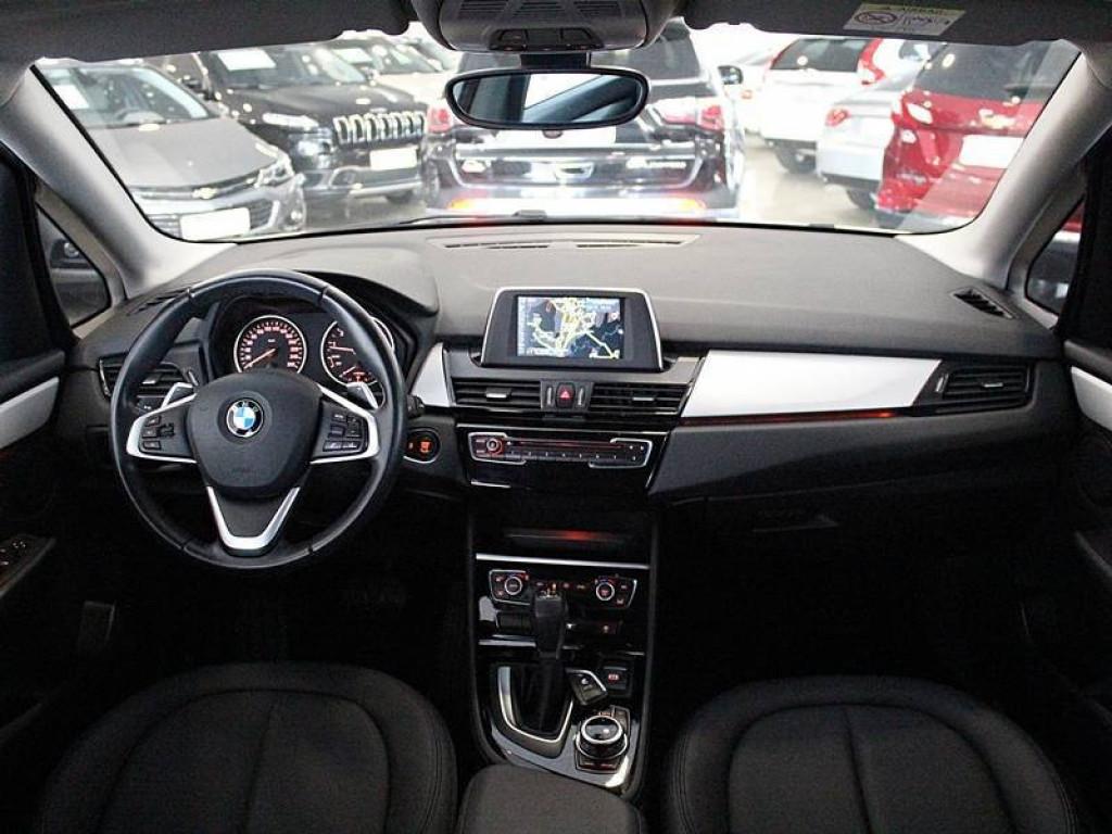 Imagem do veículo BMW 220I Tourer Active Flex 2.0 AT 2017