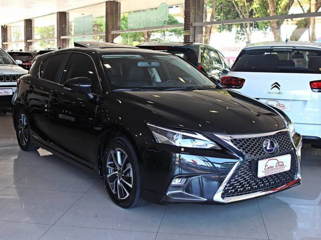 Lexus CT 200H 1.8 Hybrid AT 2018