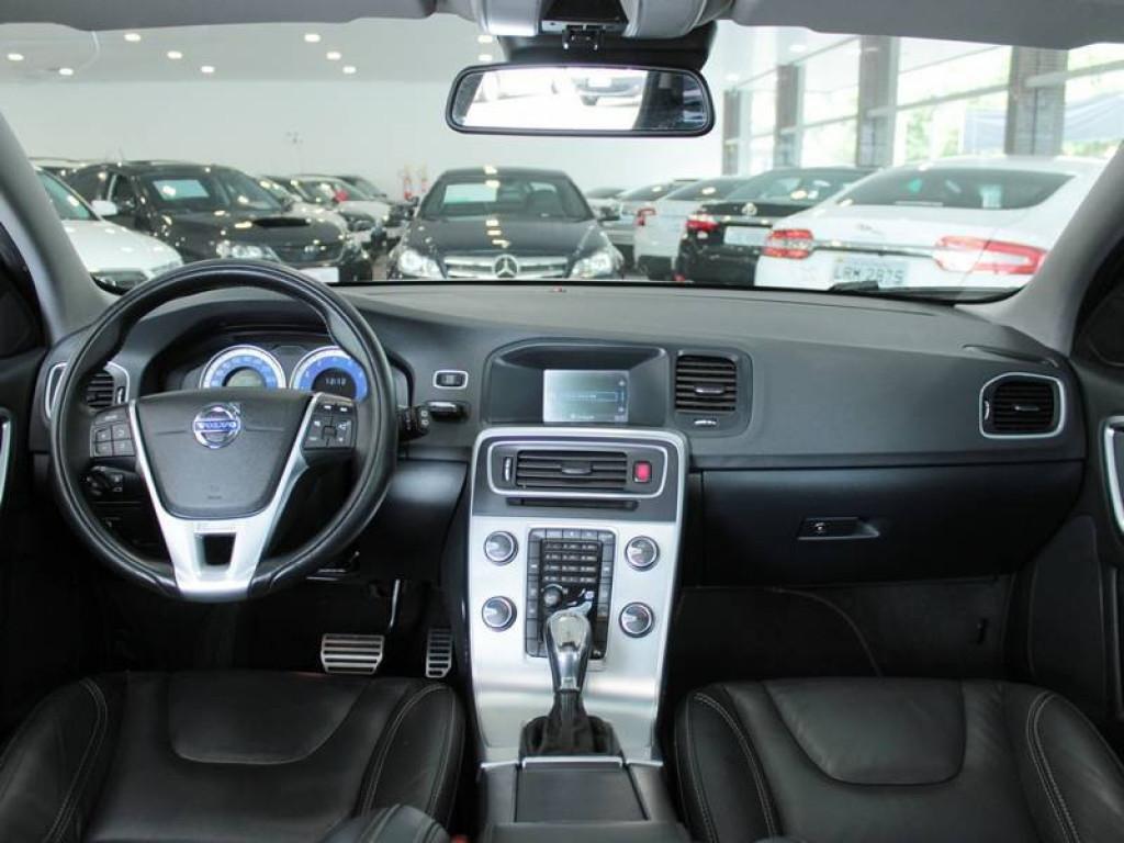 Imagem do veículo Volvo V60 2.0 T5 R-Design MPS6 2013