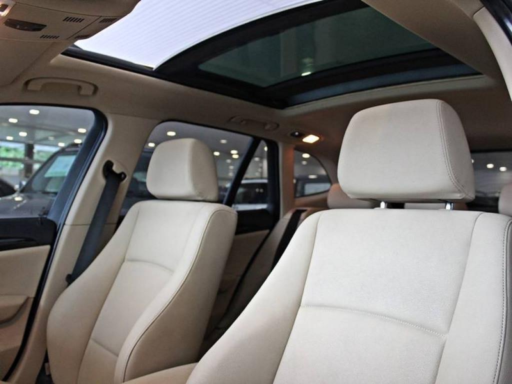 Imagem do veículo BMW X1 3.0 28i XDrive AT 2012
