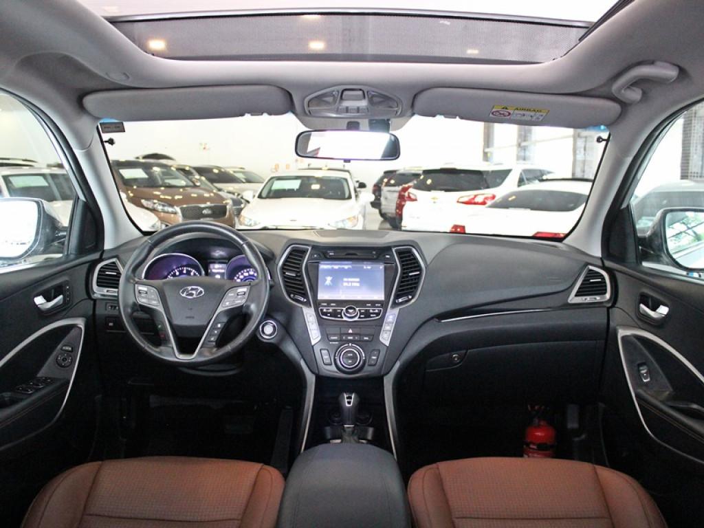 Imagem do veículo HYUNDAI SANTA FÉ 3.3 4X4 7L V6 GASOLINA 4P AUT