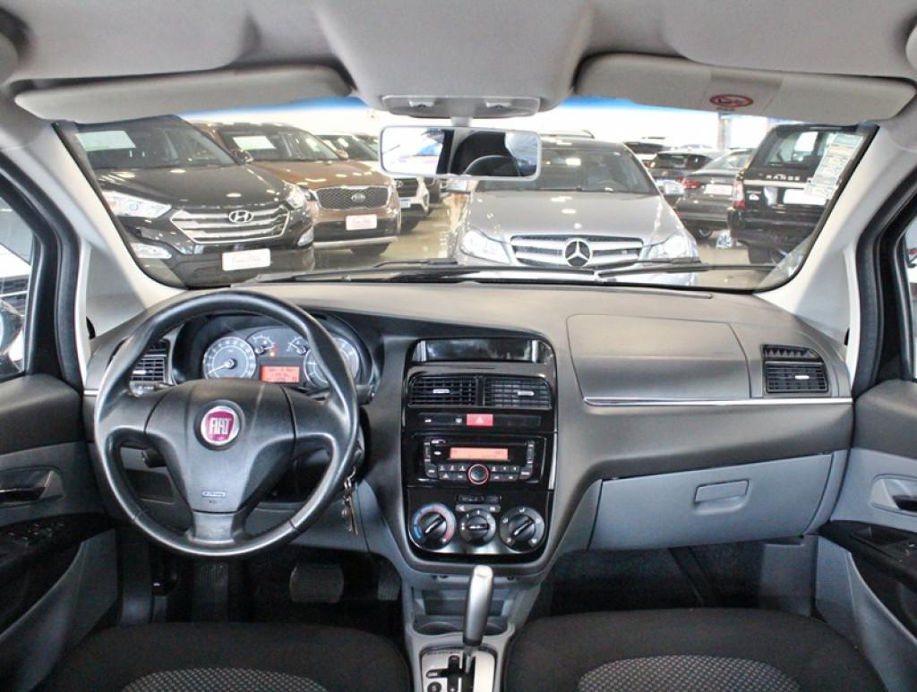 Imagem do veículo FIAT LINEA 1.8 LX 4P FLEX AUT