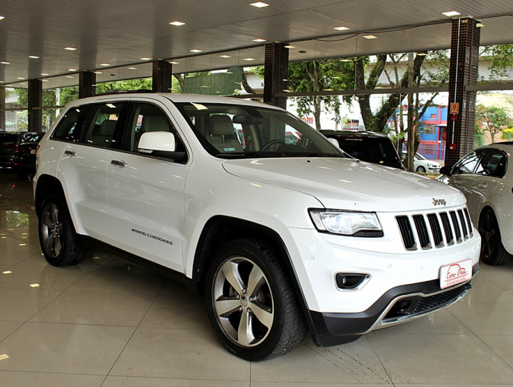 Imagem do veículo JEEP GRAND CHEROKEE 3.0 LIMITED 4X4 V6 TURBO 4P DIESEL AUT