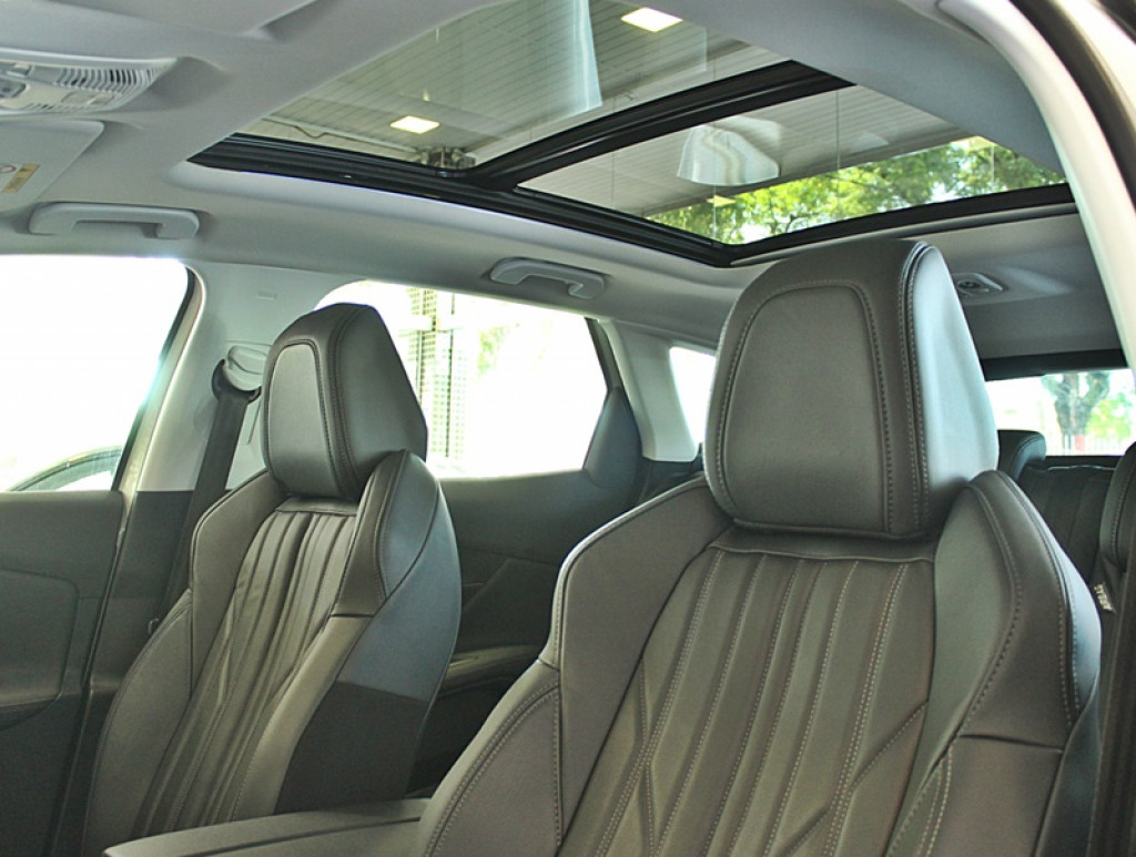 Imagem do veículo PEUGEOT 3008 1.6 ALLURE THP 4P GASOLINA AUT
