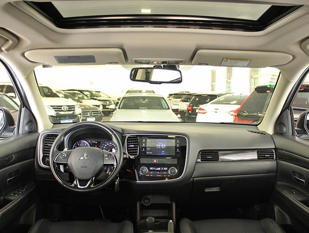 Imagem do veículo MITSUBISHI OUTLANDER 3.0 GT AWD 4P GASOLINA AUT