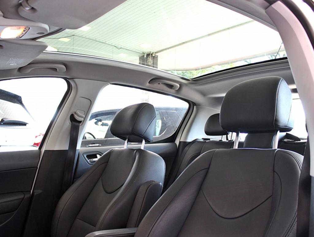 Imagem do veículo PEUGEOT 308 1.6 GRIFFE THP 4P FLEX AUT