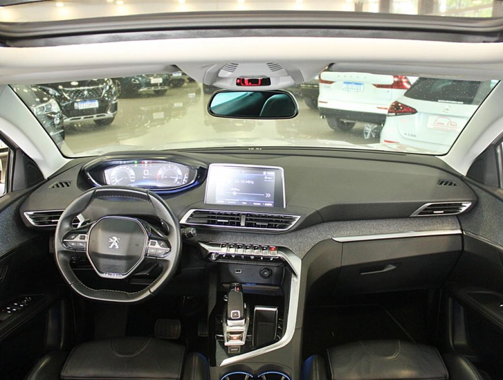 Imagem do veículo PEUGEOT 3008 1.6 GRIFFE THP 4P GASOLINA AUT