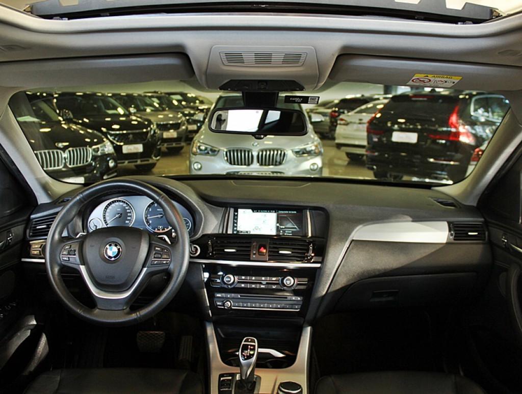 Imagem do veículo BMW X4 2.0 28I X LINE 4X4 4P GASOLINA AUT