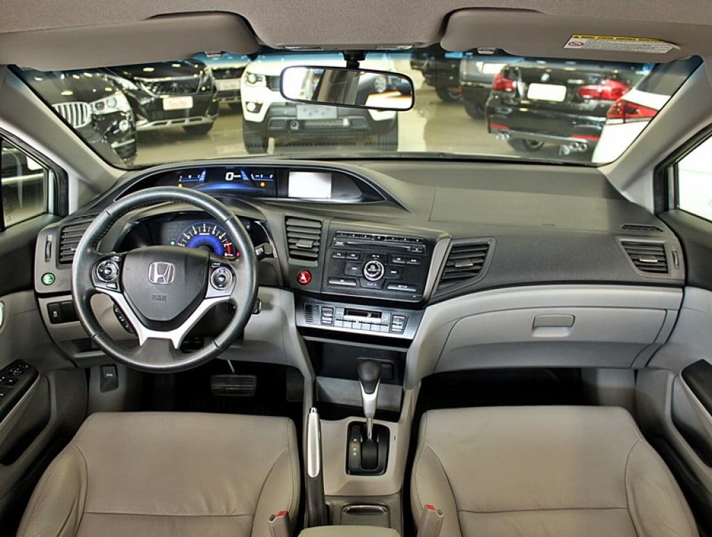 Imagem do veículo HONDA CIVIC 2.0 LXR 16V FLEX 4P AUT