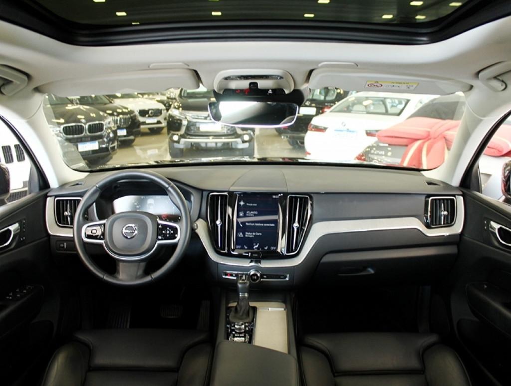 Imagem do veículo VOLVO XC60 INSCRIPTION AWD 2.0 T5 4P GASOLINA AUT