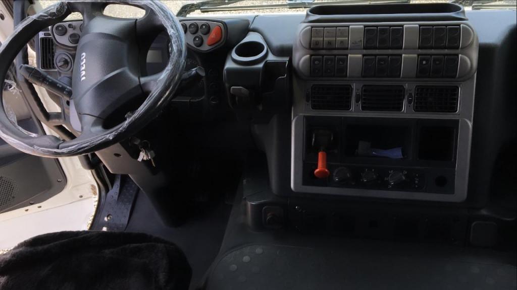 Imagem do veículo Iveco Stralis 600-S40T TA 6x2 Eurot. 2P (E5)