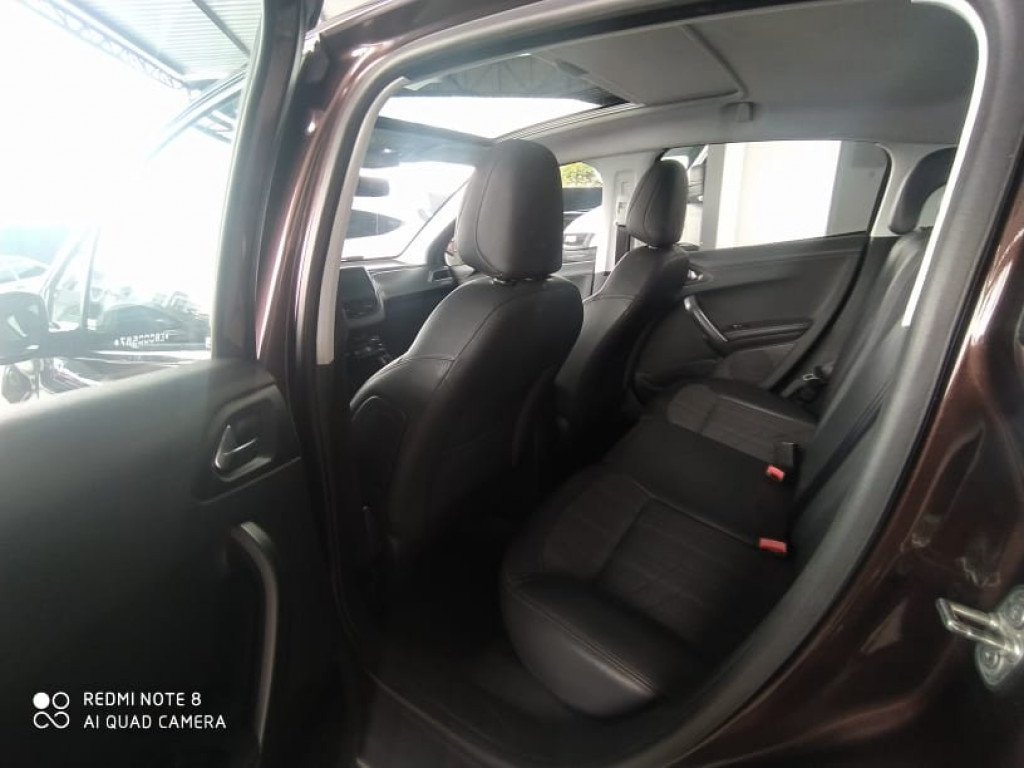 Imagem do veículo PEUGEOT 208 1.6 PREMIER 16V FLEX 4P MANUAL