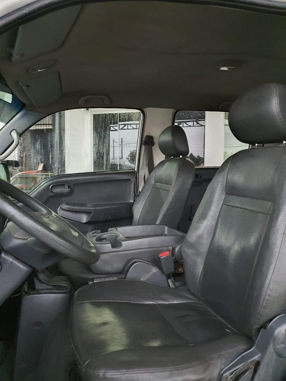 Imagem do veículo KIA BONGO 2.7 K-2700 4X4 CD DIESEL 4P MANUAL