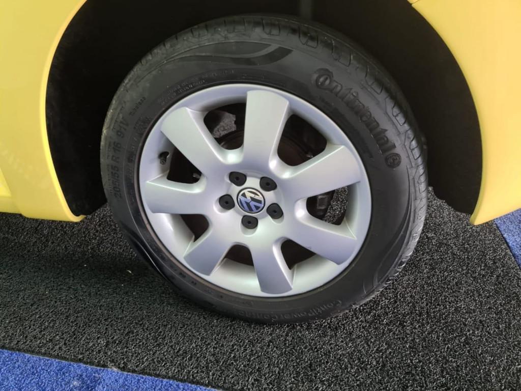 Imagem do veículo Volkswagen New Beetle