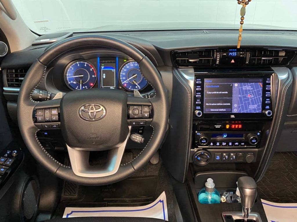 Imagem do veículo Toyota Hilux Sw4 Srx