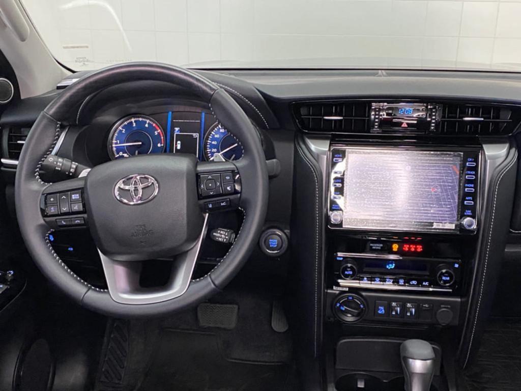 Imagem do veículo Toyota Hilux Sw4 Srx 2.8 Turbo 4x4 2021