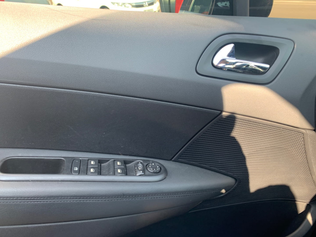 Imagem do veículo Peugeot 408 Sedan Griffe 1.6 Turbo 16v 4p Aut.
