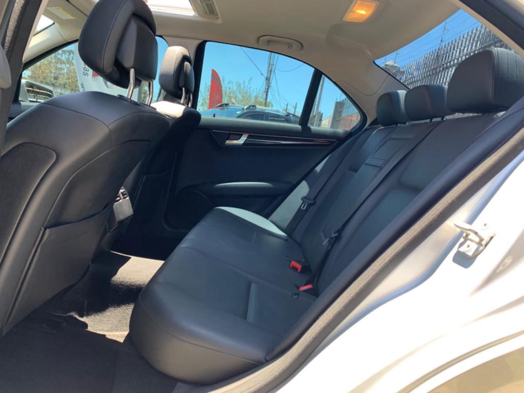 Imagem do veículo Mercedesbenz C200