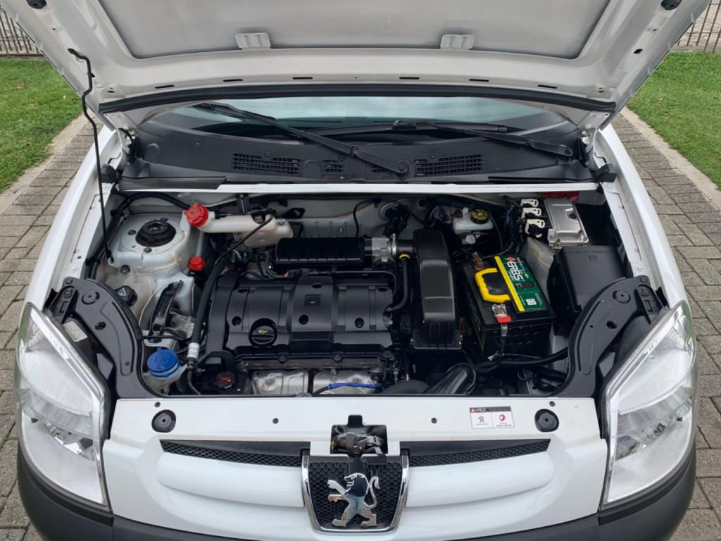 Imagem do veículo Peugeot Partner Furgao 1.6 16v 4p