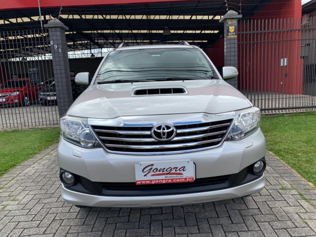 Toyota Hilux Sw4 3.0 Srv 4x4 7 Lugares 16v Turbo Intercooler Diesel 4p Aut