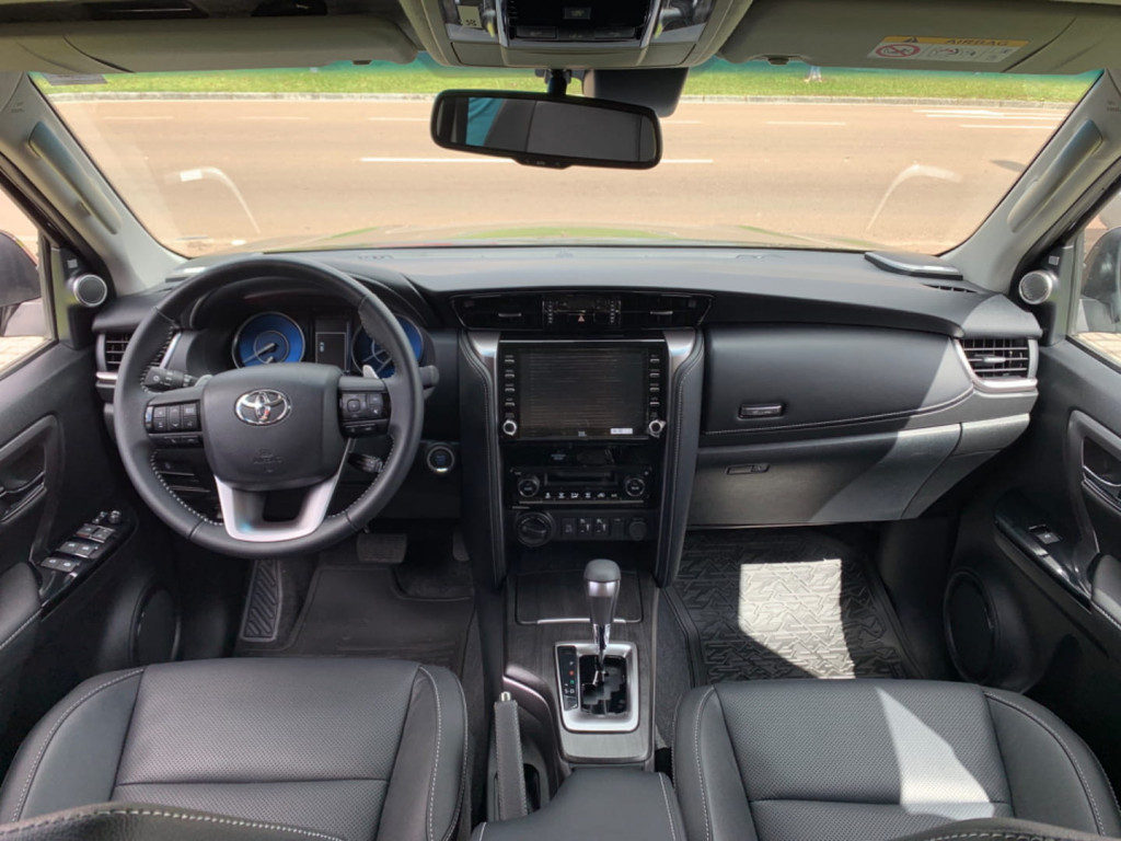 Imagem do veículo Toyota Hilux Sw4 Srx 4x4 2.8 Tb 4p Diesel