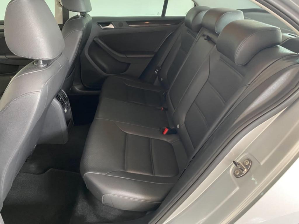 Imagem do veículo Volkswagen Jetta 2.0 Comfortline Flex 4p Aut