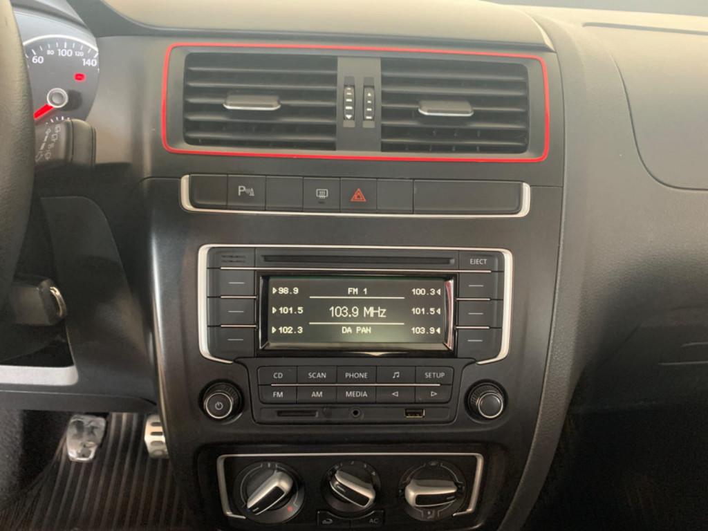 Imagem do veículo Volkswagen Fox 1.6 Mi Rock In Rio 8v Flex 4p