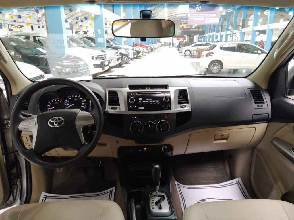 Imagem do veículo Toyota Hilux Sw4 Sr 4x2 2.7 Aut