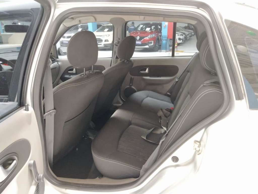 Imagem do veículo Renault Symbol Sedan Expression 1.6 16v 4p