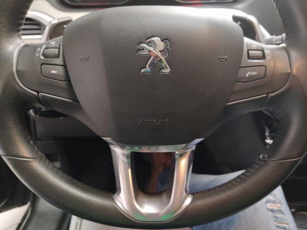 Imagem do veículo Peugeot 2008 Allure 1.6 Automatico