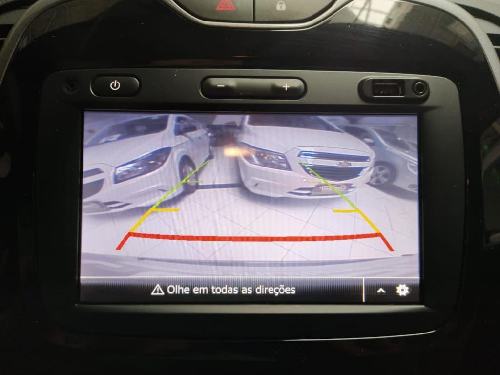 Imagem do veículo Renault Captur Intense Bose 1.6 16v Flex 5p Aut