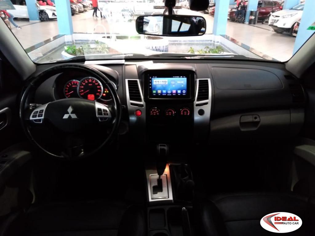 Imagem do veículo MITSUBISHI PAJERO DAKAR 3.5 HPE 7 LUGARES 4X4 V6 24V FLEX 4P AUTOMÁTICO