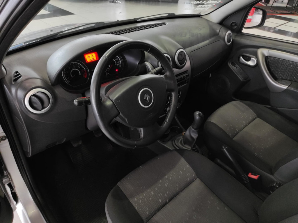 Imagem do veículo Renault Logan Exp 16