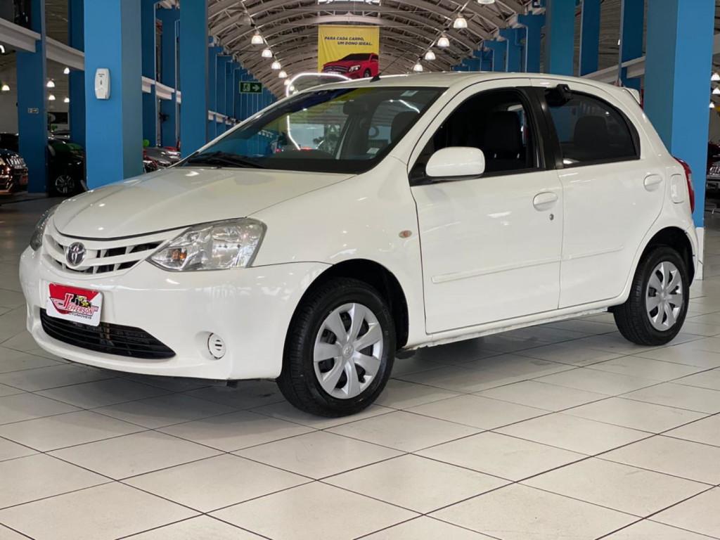 Toyota Etios Hb Xs 1.3